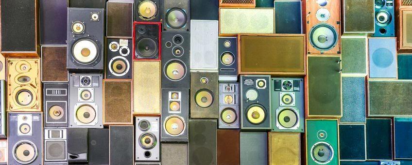 speakers-img